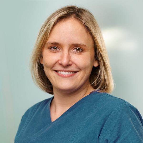 Zahnmedizinische Fachkraft Anna Stecher